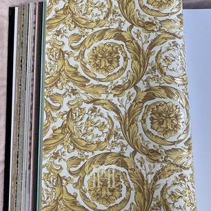 Exklusive tapete Versace Barocco Flower Gold / Creme Metallic