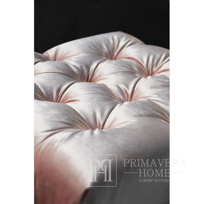 Pufa tapicerowana pikowana welur w stylu glamour Ricardia