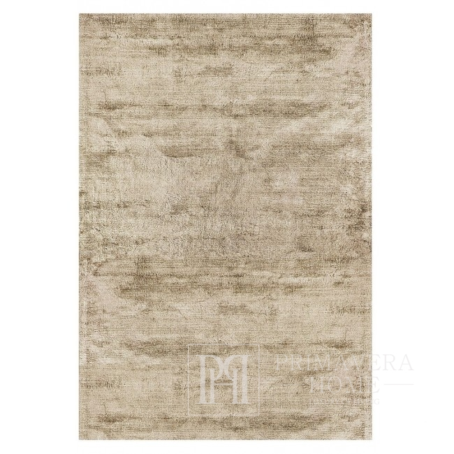 Dolores carpet in sandy beige color