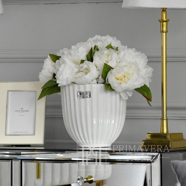 Bouquet of artificial flowers white peonies