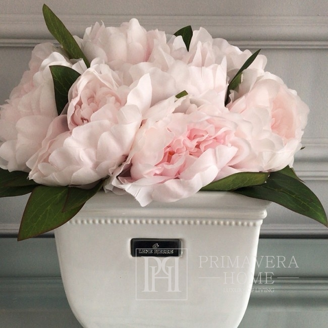 Bouquet of artificial flowers pink peonies