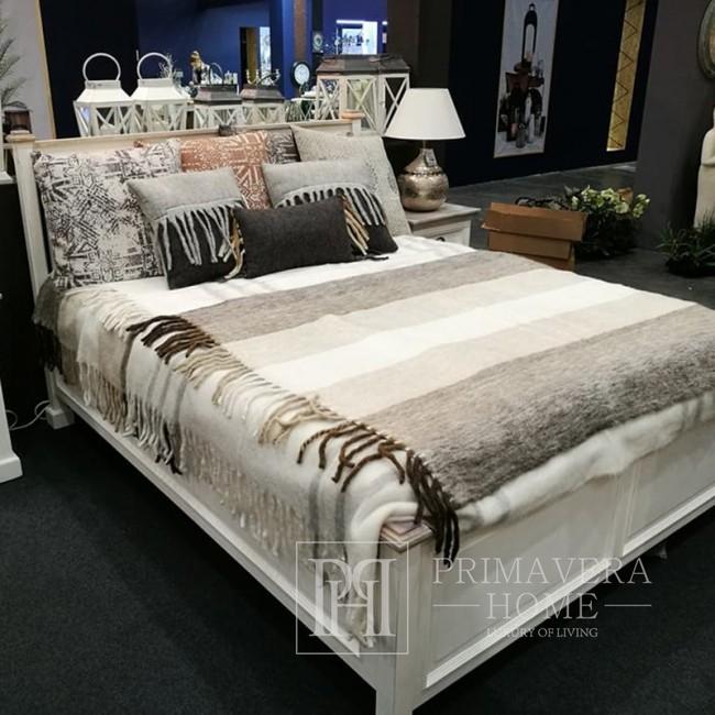 Białe drewniane łóżko w stylu prowansalskim HAMPTON