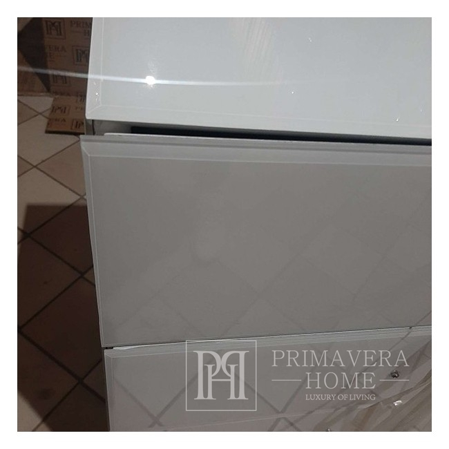 The glamor chest of drawers FRANCO glass super white silver OUTLET